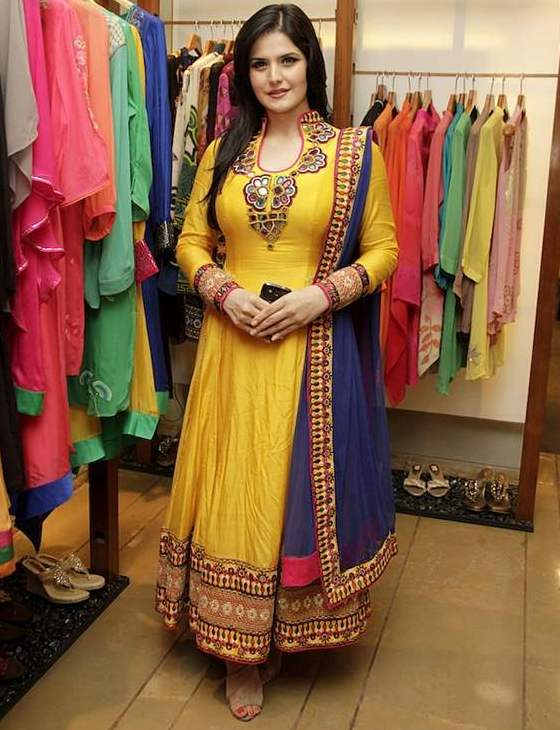 look slim in indian ethnic wear heavy breast with anarkali